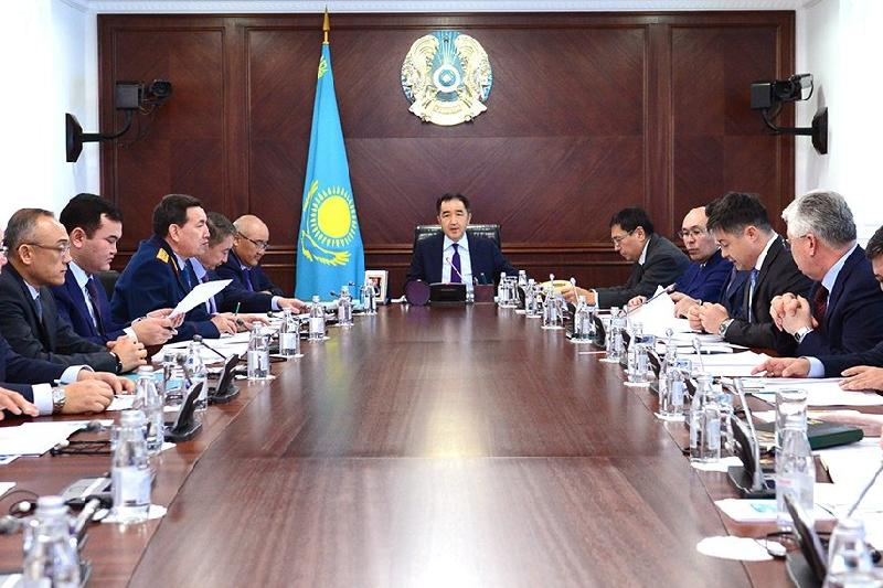 政府总理召开会议讨论私有化问题