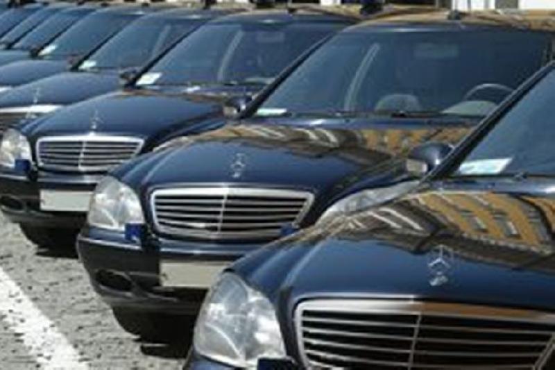 Около 200 фактов использования служебного авто вне рабочего времени выявили в РК