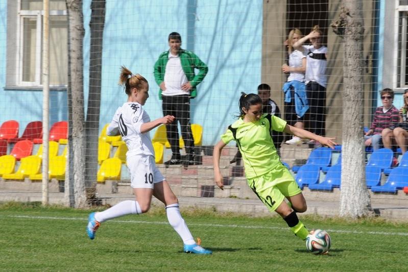 «БИИК - Казыгурт» проиграл «Лиону» в женской Лиге чемпионов по футболу