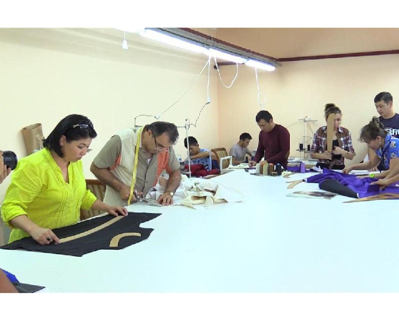 ЮКО вошла в тройку лидеров РК по производству одежды и обуви