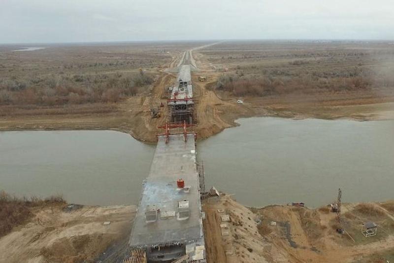 Строительство моста через Урал в Атырауской области завершится в 2018 году