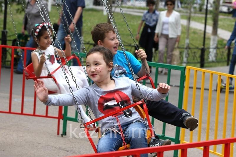 Kazakhstan joins #Kidstakeover challenge