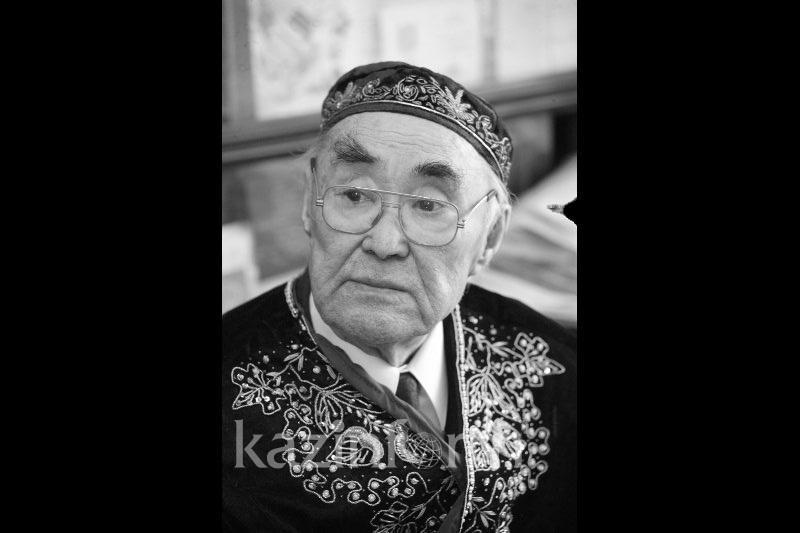 Скончался выдающийся казахстанский поэт Музафар Алимбаев