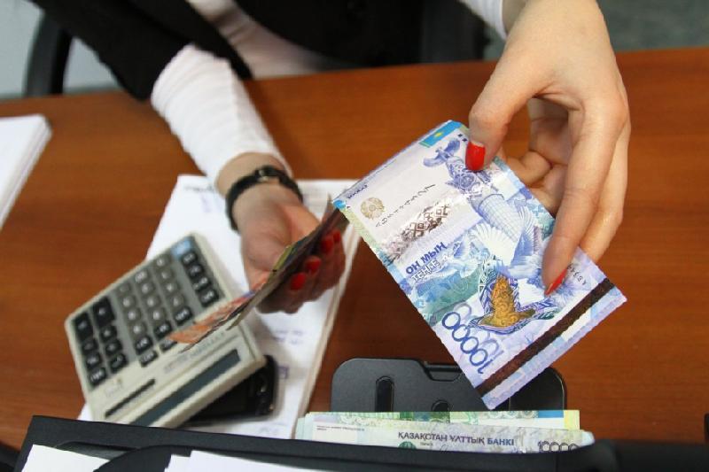 Увеличить продолжительность соцвыплаты по потере работы могут в Казахстане