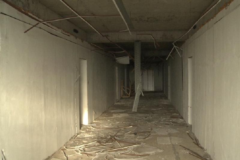Дорогостоящий недостроенный учебный центр в Экибастузе разносят мародёры