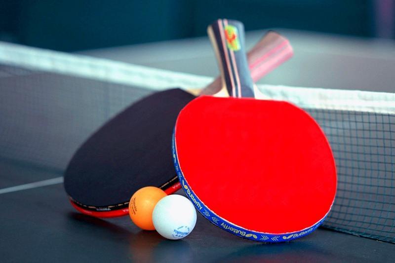 Имамы, пасторы и священники сошлись на теннисном турнире в Павлодаре