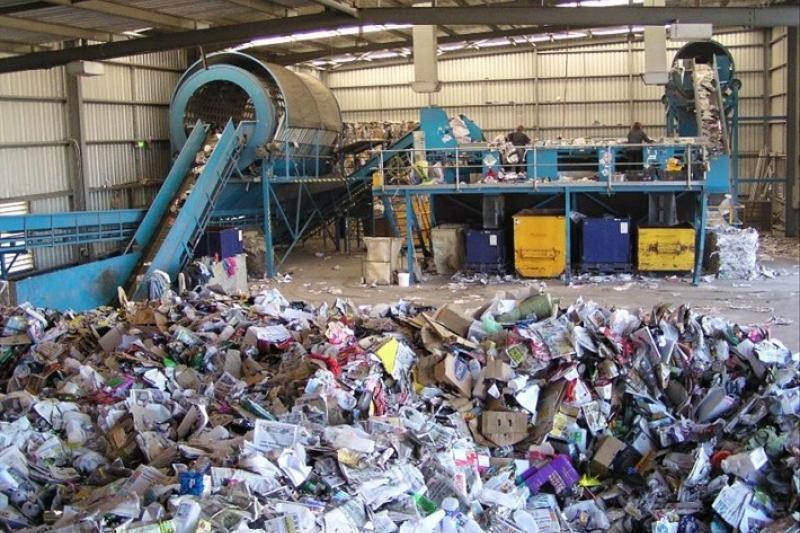Завод по переработке мусора и сортировочные комплексы построят в Караганде