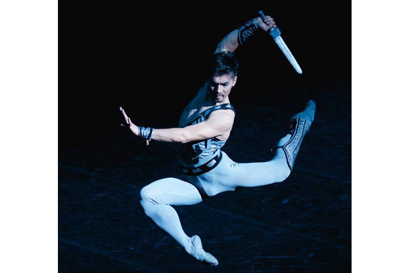 Казахский балет отличает брутальность - Бахтияр Адамжан