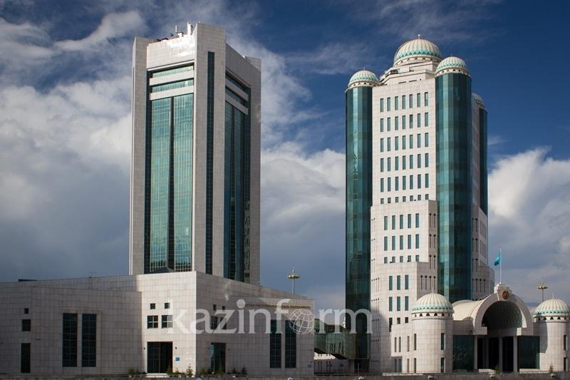Kazakh Parliament adopts amendments on media issues