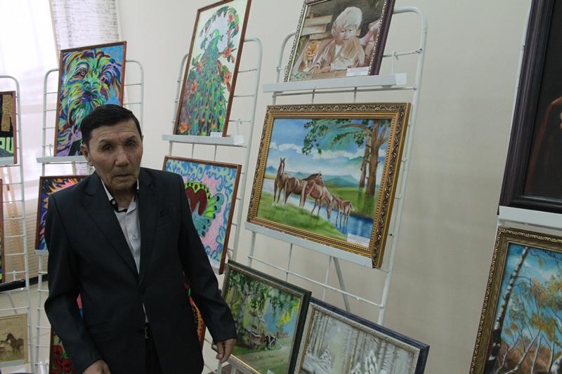 Выставку картин колясочников и незрячих устроили в Павлодаре
