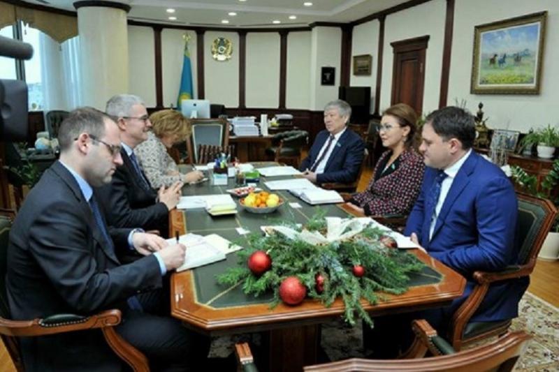 Dariga Nazarbayeva holds meeting with French envoy