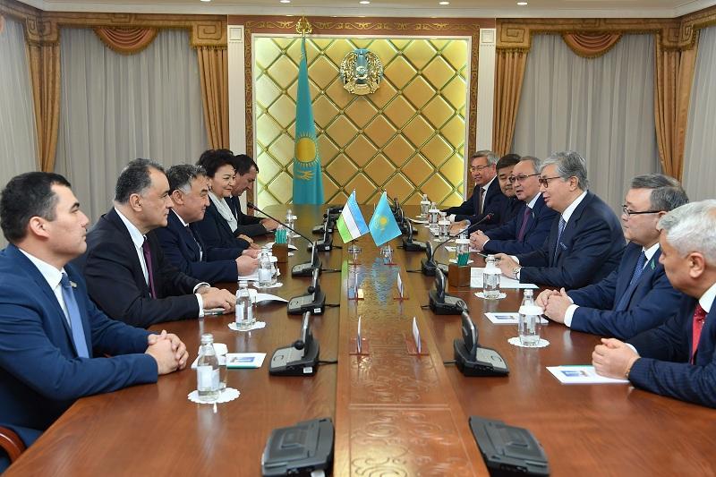 Касым-Жомарт Токаев принял делегацию Парламента Узбекистана