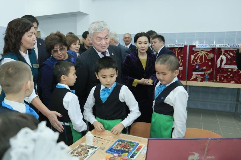 Бердыбек Сапарбаев: за годы независимости в Актюбинской области построили 125 школ