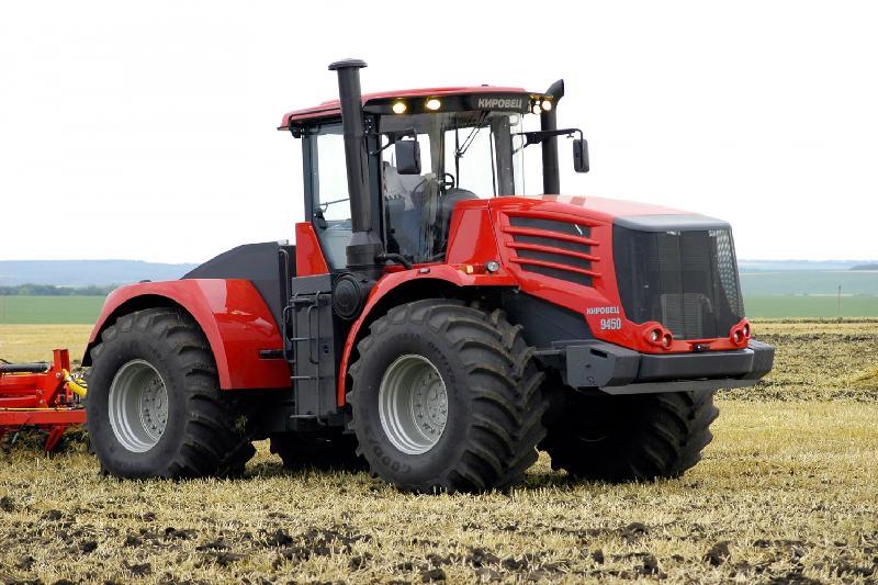 Проект по выпуску тракторов в Костанайской области отложен
