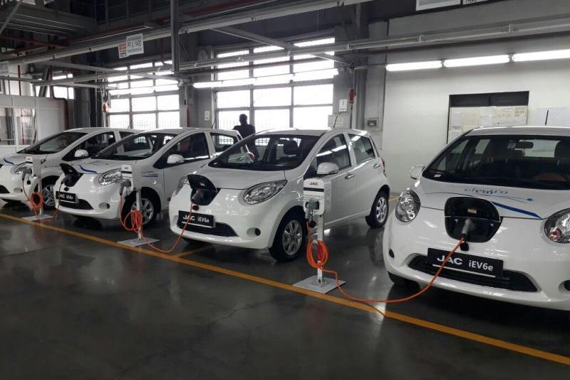 От 7,5 млн тенге будут стоить электромобили костанайского автозавода