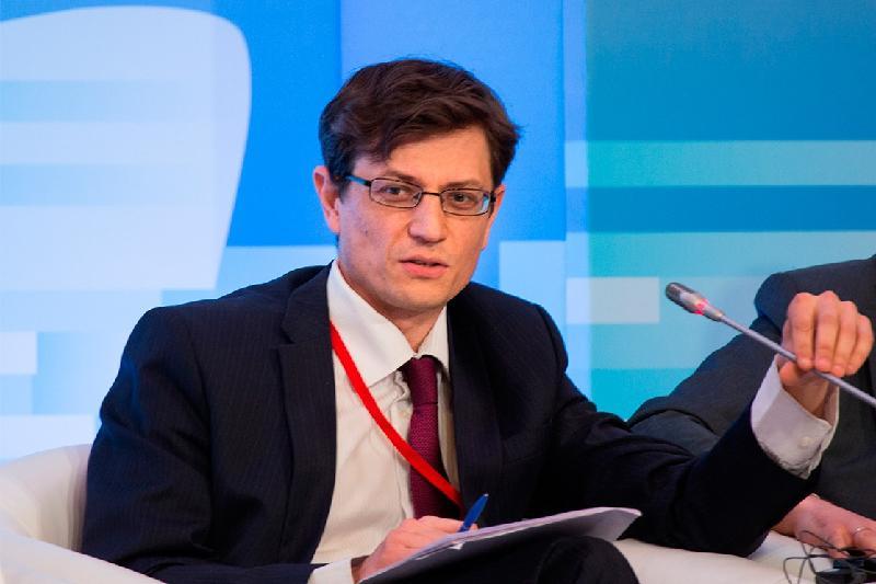 Важным направлением является развитие городов - российский эксперт о Послании Президента РК