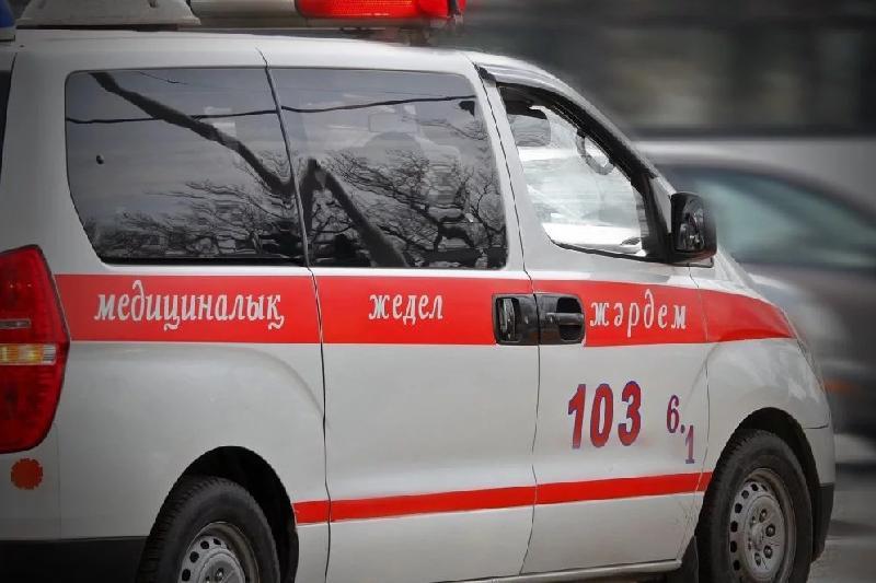 Роженицу с ребёнком пытаются вывезти из Иртышска в Павлодар