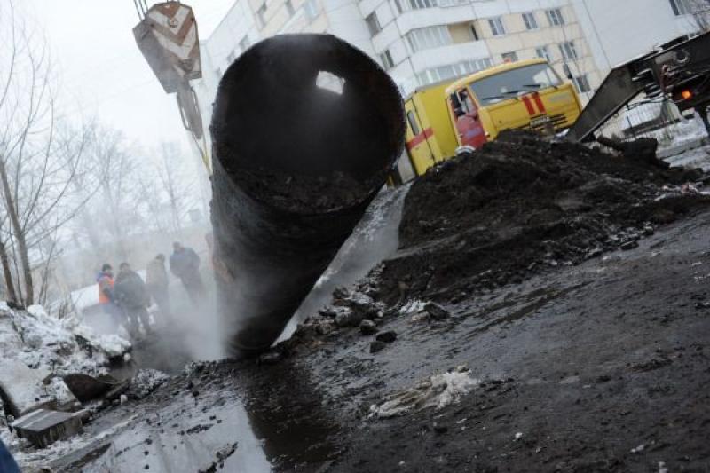 В Павлодаре ликвидировали порыв на теплосети