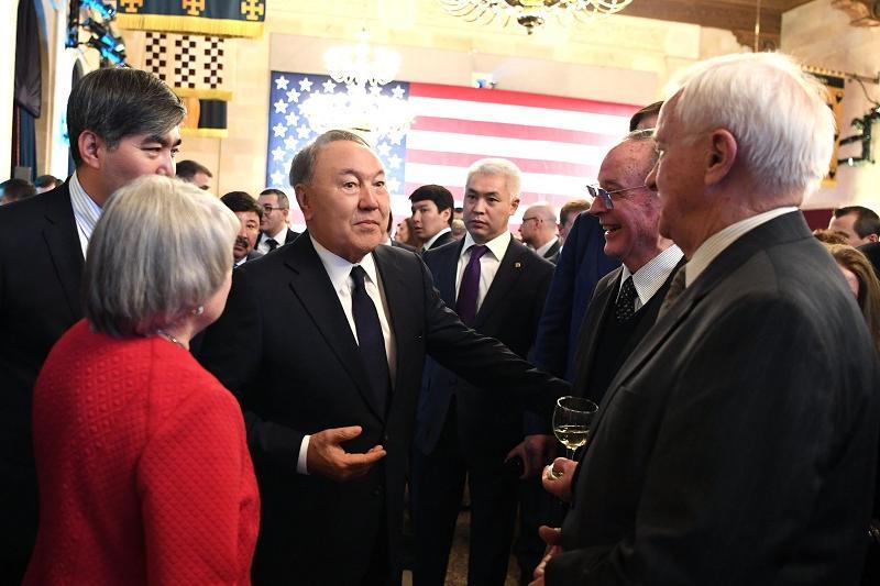 Нурсултан Назарбаев пригласил бизнесменов США участвовать в совместных проектах в АПК