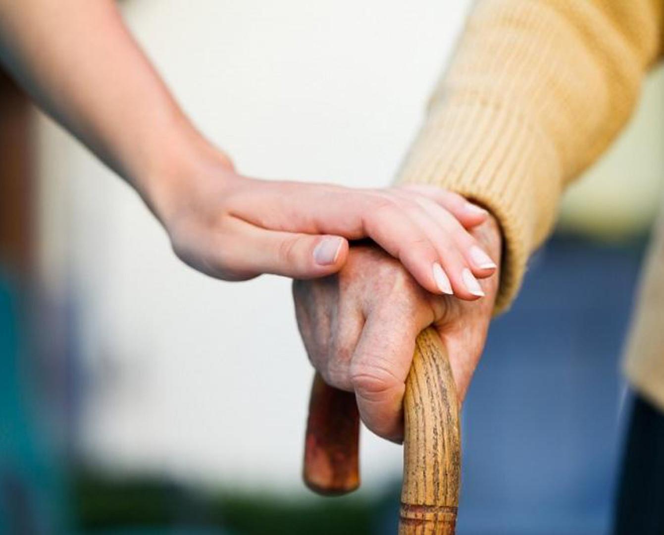 В Астане социальную помощь пожилым и инвалидам  будут оказывать на дому