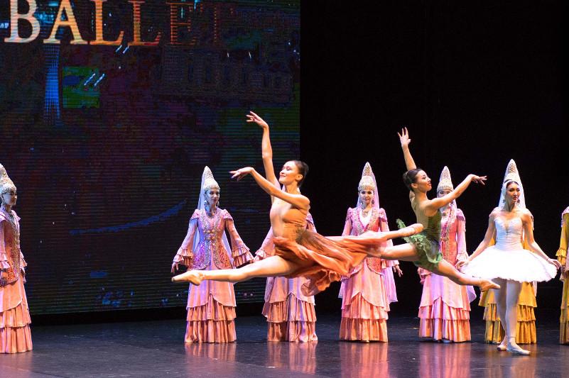 Нурсултан Назарбаев посетил концерт театра «Астана Балет» в Нью-Йорке
