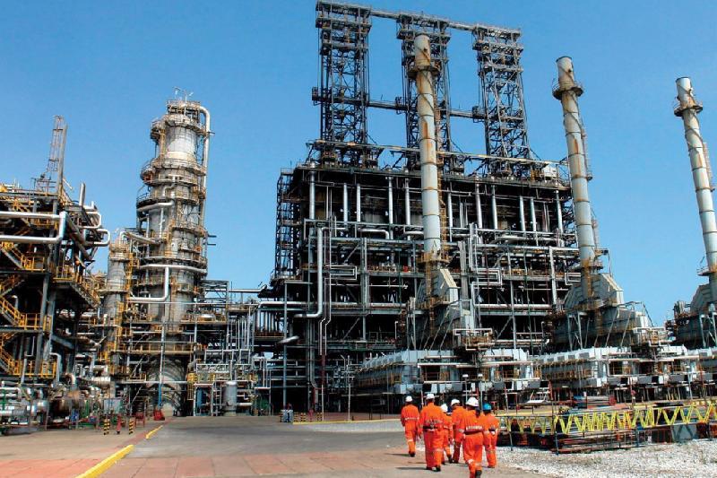 Шымкентский НПЗ увеличил переработку нефти на 7,5% в 2017 году