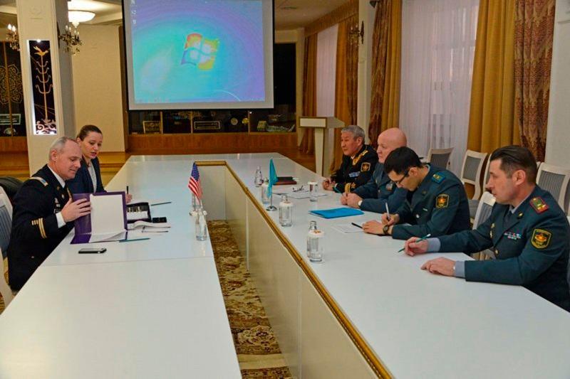Kazakhstan, U.S. discuss military coop