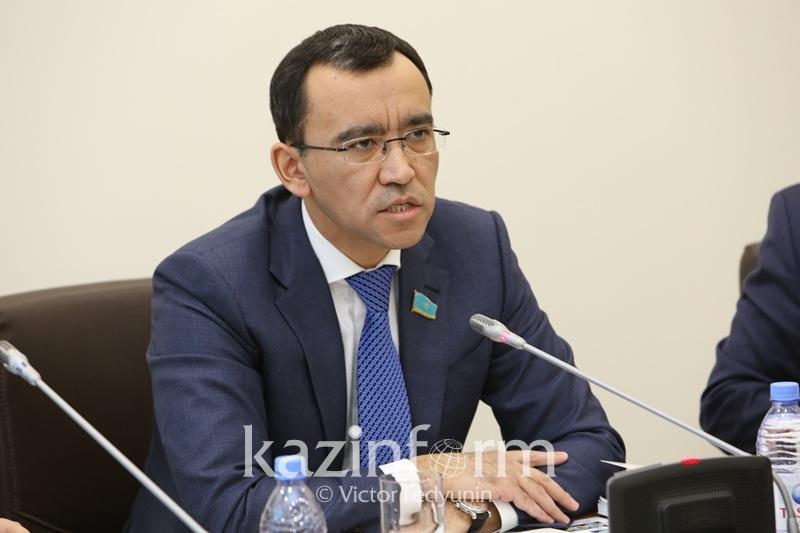 阿什姆巴耶夫:将为企业家申请低利率贷款创造有利条件