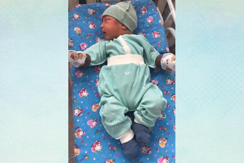 Найденного в мусорном баке младенца перевели в дом ребёнка Павлодарской области