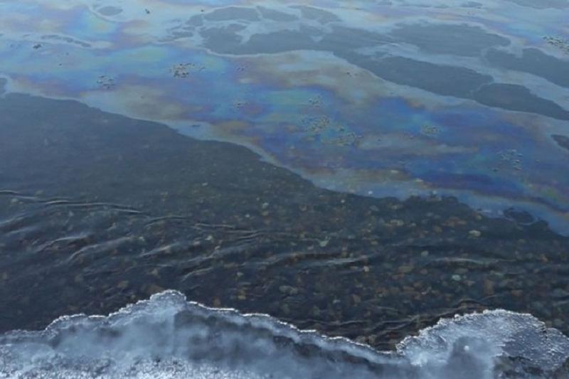 Маңғыстауда теңізге мұнай төгілуіне жол берген компанияға шара қолданылды