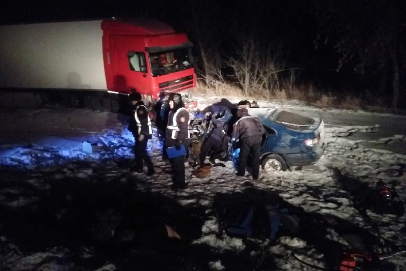 Три человека погибли в ДТП в Павлодарской области