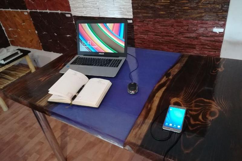 Павлодарец изобрёл «умный стол»