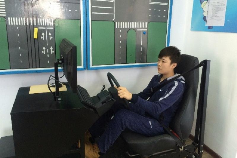Сельских школьников в Павлодарской области учат автовождению