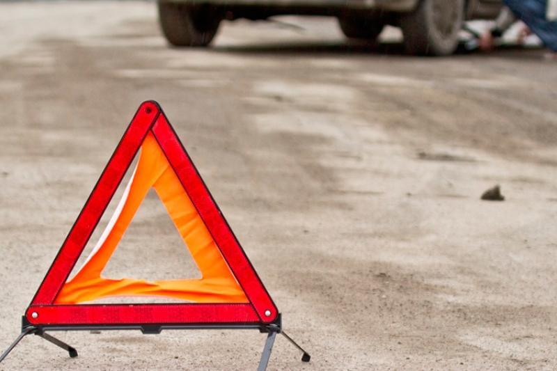 Подросток погиб под колесами грузовика в Алматинской области