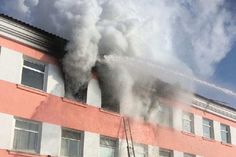 В Астане загорелся детский дом