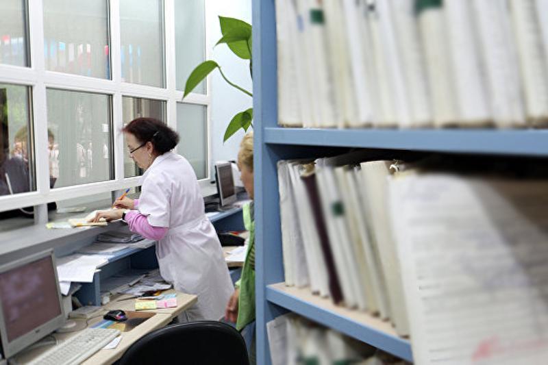 Выявлены случаи недобросовестного прикрепления к поликлиникам - Елена Бахмутова
