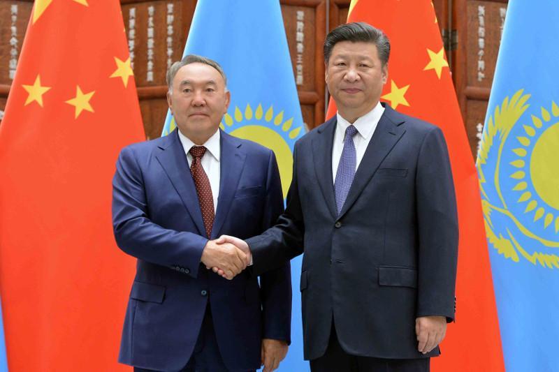 中国国家主席致电祝贺纳扎尔巴耶夫生日