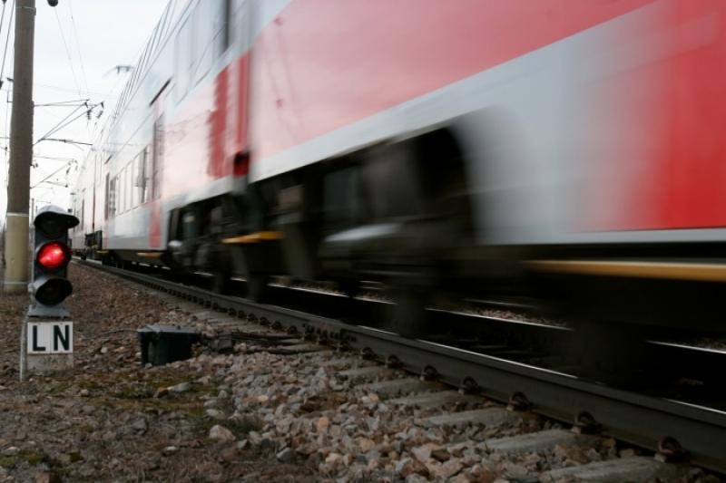 Мужчина погиб под колесами поезда в Шымкенте