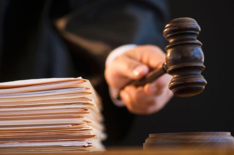 Полицейских осудили за сбыт наркотиков в Шымкенте