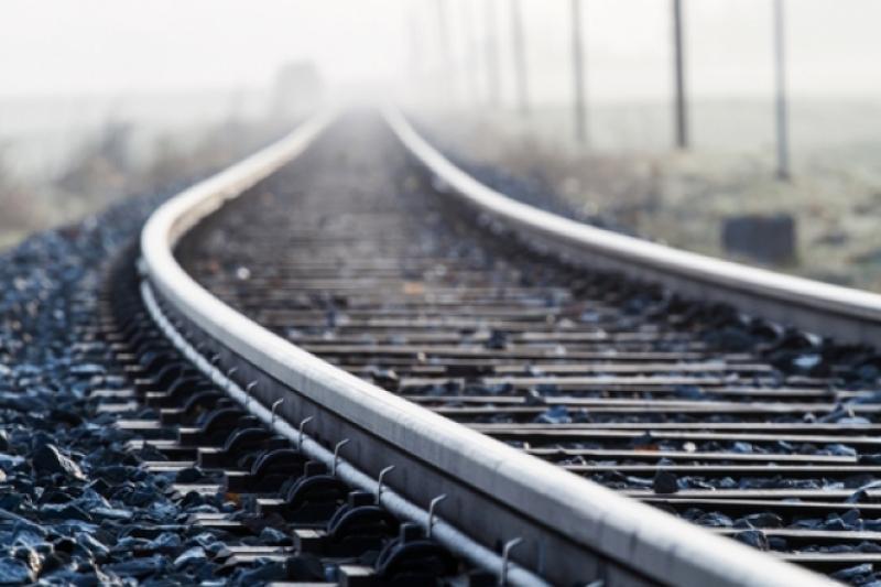 На железнодорожных путях в Шымкенте обнаружили труп мужчины