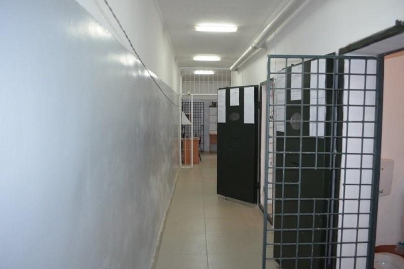 Трудным подросткам устроили экскурсию в изолятор временного содержания в Талдыкоргане