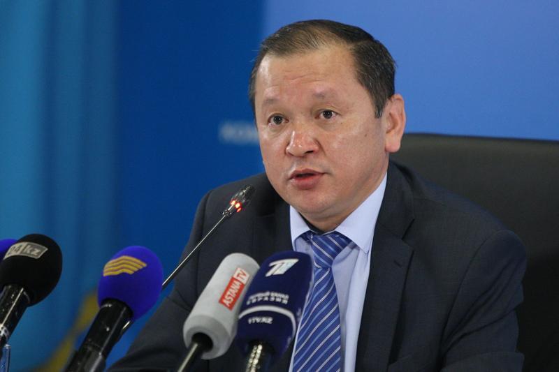 Самозанятых казахстанцев с небольшим доходом необходимо признать безработными - Биржан Нурымбетов