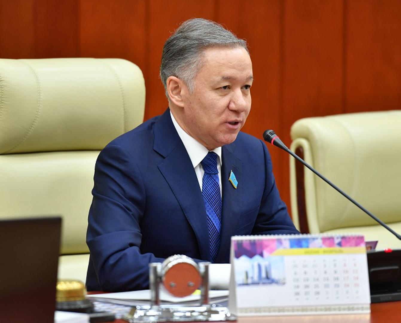 Н.Нигматулин: Казахстанцы, выехавшие по турпутевке, должны быть застрахованы на весь период