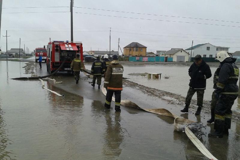 Тысячу человек эвакуировали из-за угрозы подтопления в Алматинской области