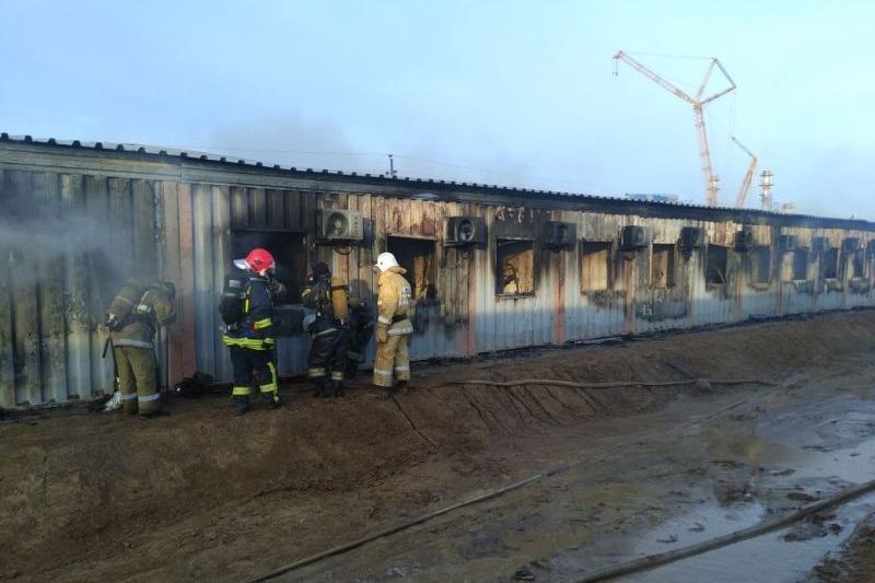 Атырау облысында құрылысшылар жатақханасы өртенді: 4 адамның денесі табылды