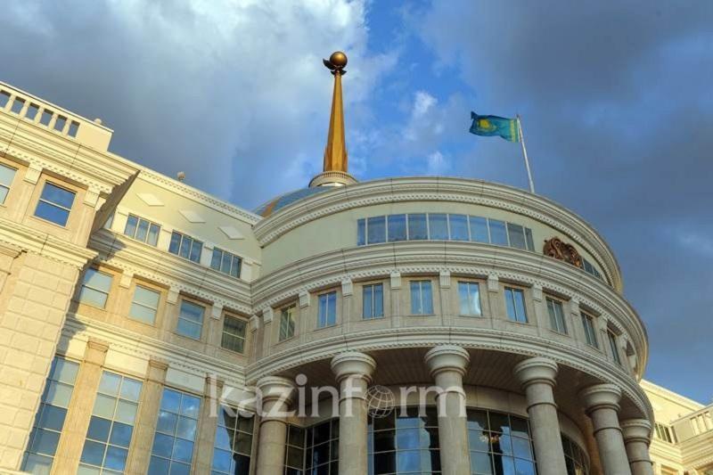 纳扎尔巴耶夫总统向意大利总统致慰问电