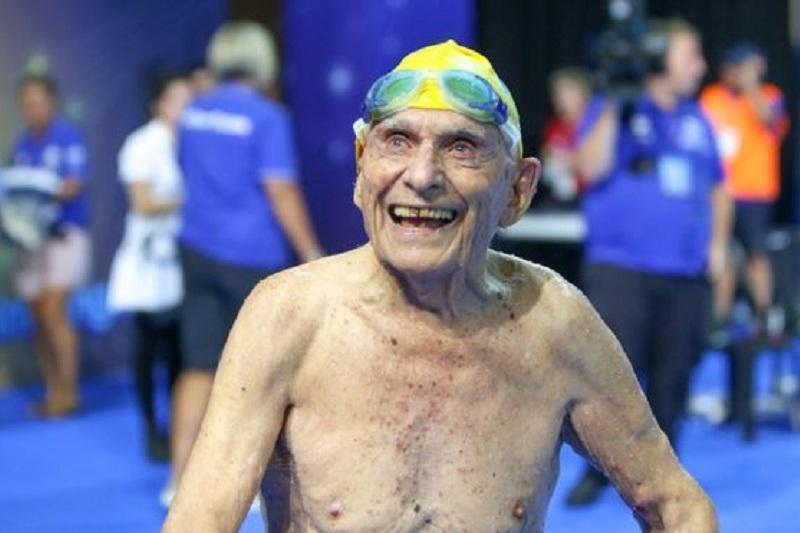 99岁澳大利亚游泳运动员打破世界纪录