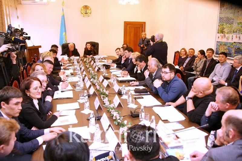 В Казахстане предлагают ввести налоговые льготы для съемки национальных фильмов