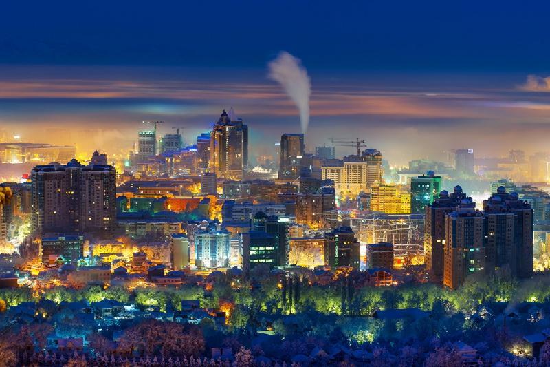 Новую систему уличного освещения внедряют в Алматы