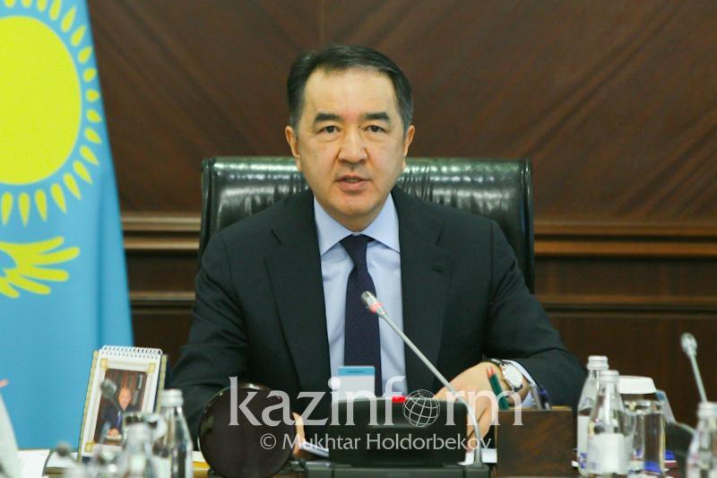 Премьер РК поручил строить поликлиники на первых этажах домов